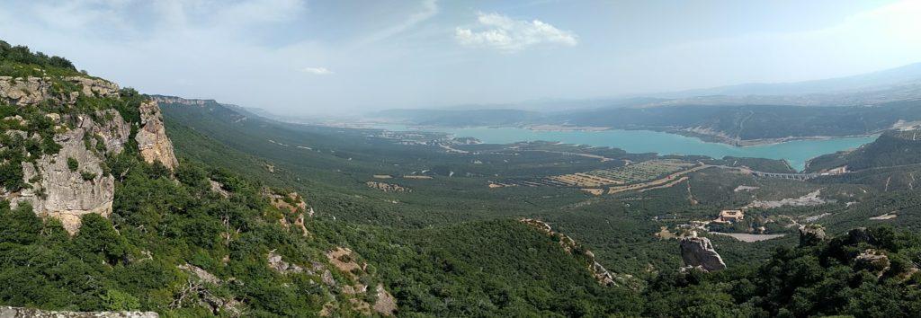 Pantà de Yesa i monestir, ja baixant