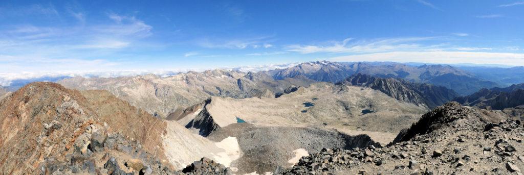 Els cims del massís de la Maladeta des del cim del Posets