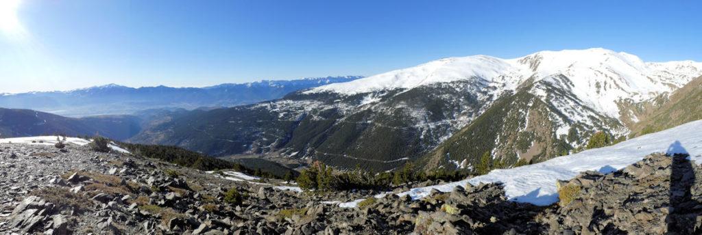 La vall de la Valltova, la serra del Reller i el Cadi